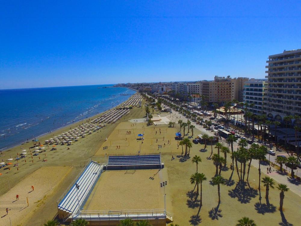 Финикудес пляж на кипре
